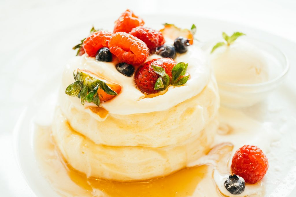 How To Make Fluffy Pancakes Using A Griddle Pan