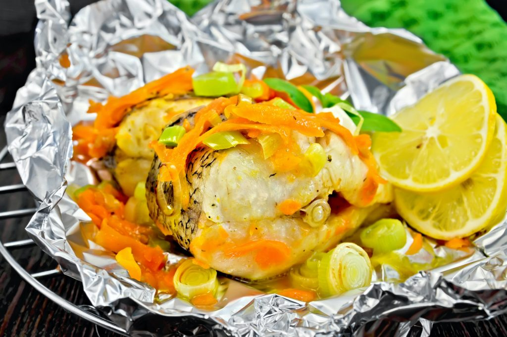 How Safe Is It to Grill With Aluminum Foil