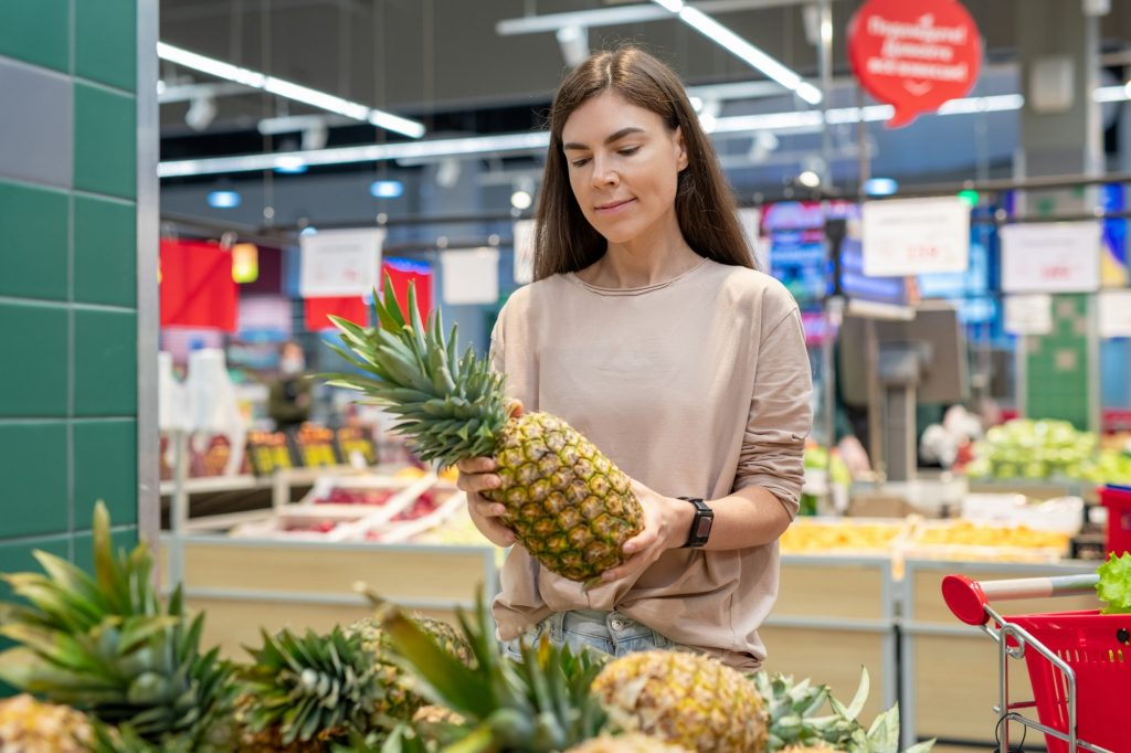 Is Eating Pineapple Good For Cholesterol?