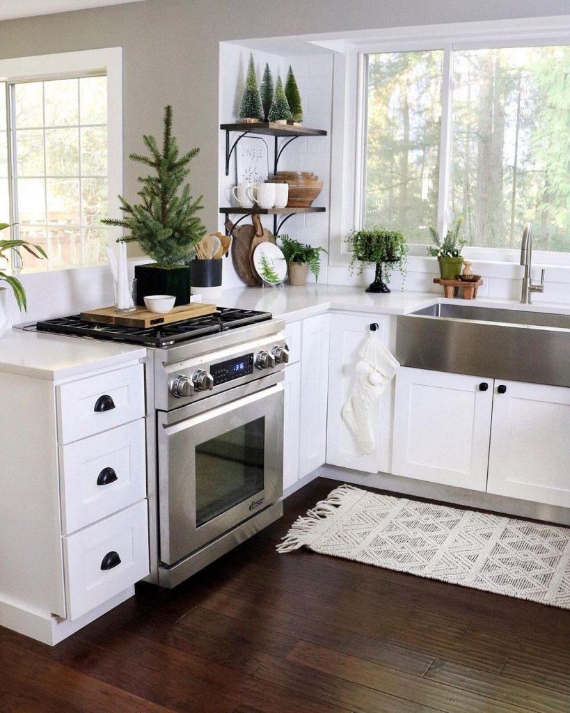 Sophisticated White Kitchen Interior